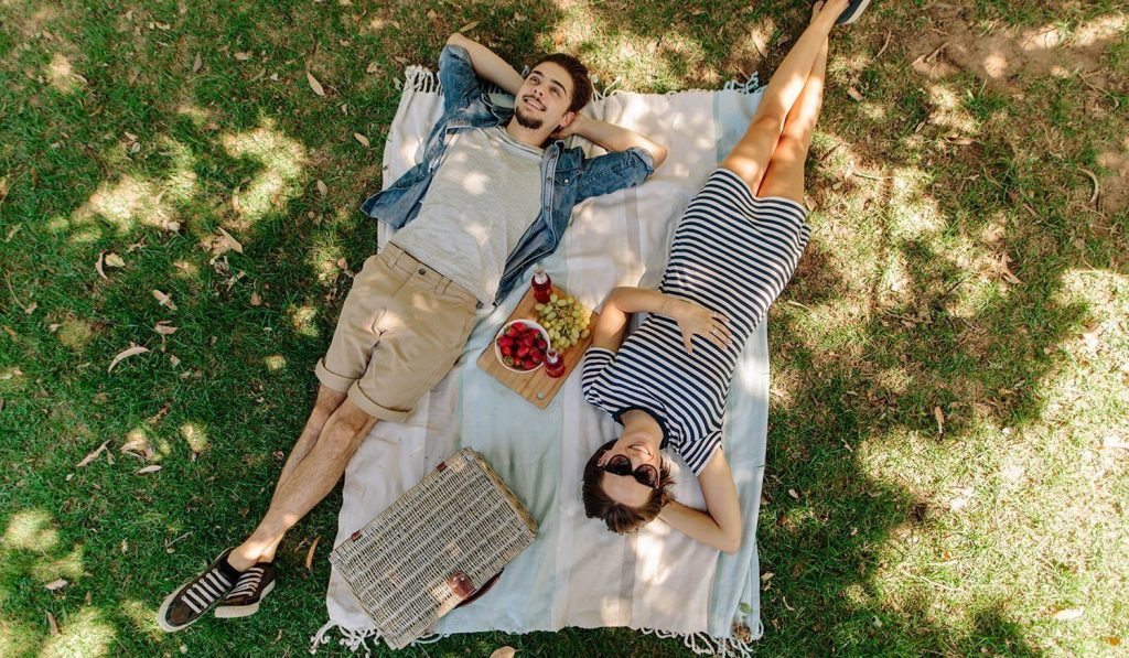 picnic baskets for two