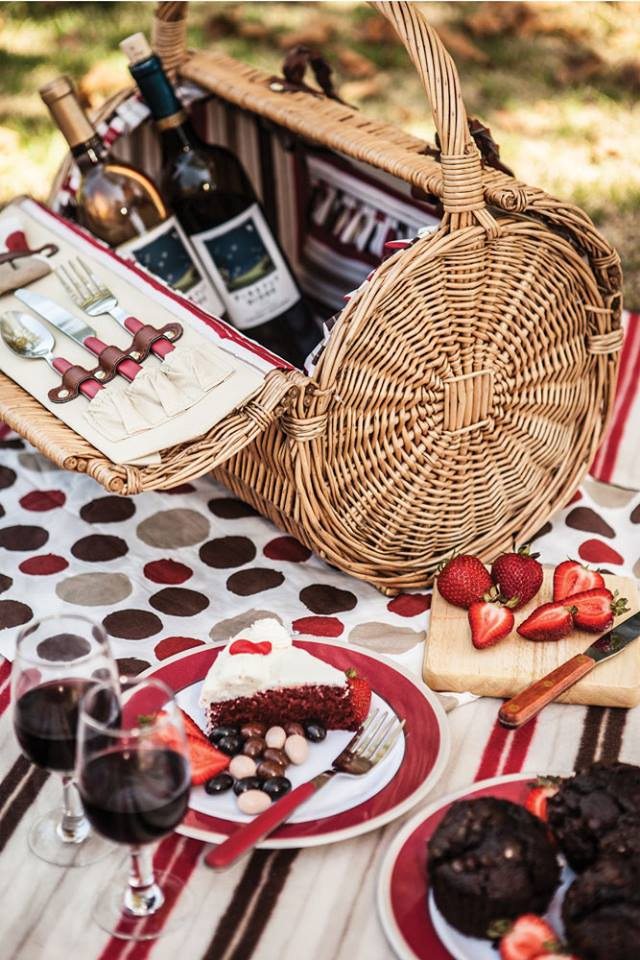 romantic barrel picnic basket