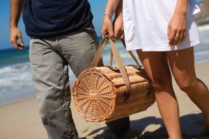romantic picnic baskets