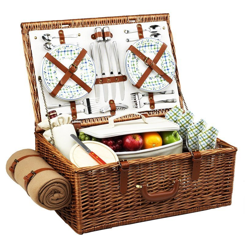 wicker picnic set for 4