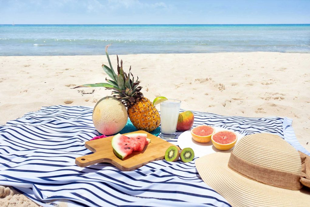 picnic beach blanket