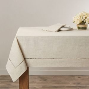 stop tablecloth from sliding or slipping off