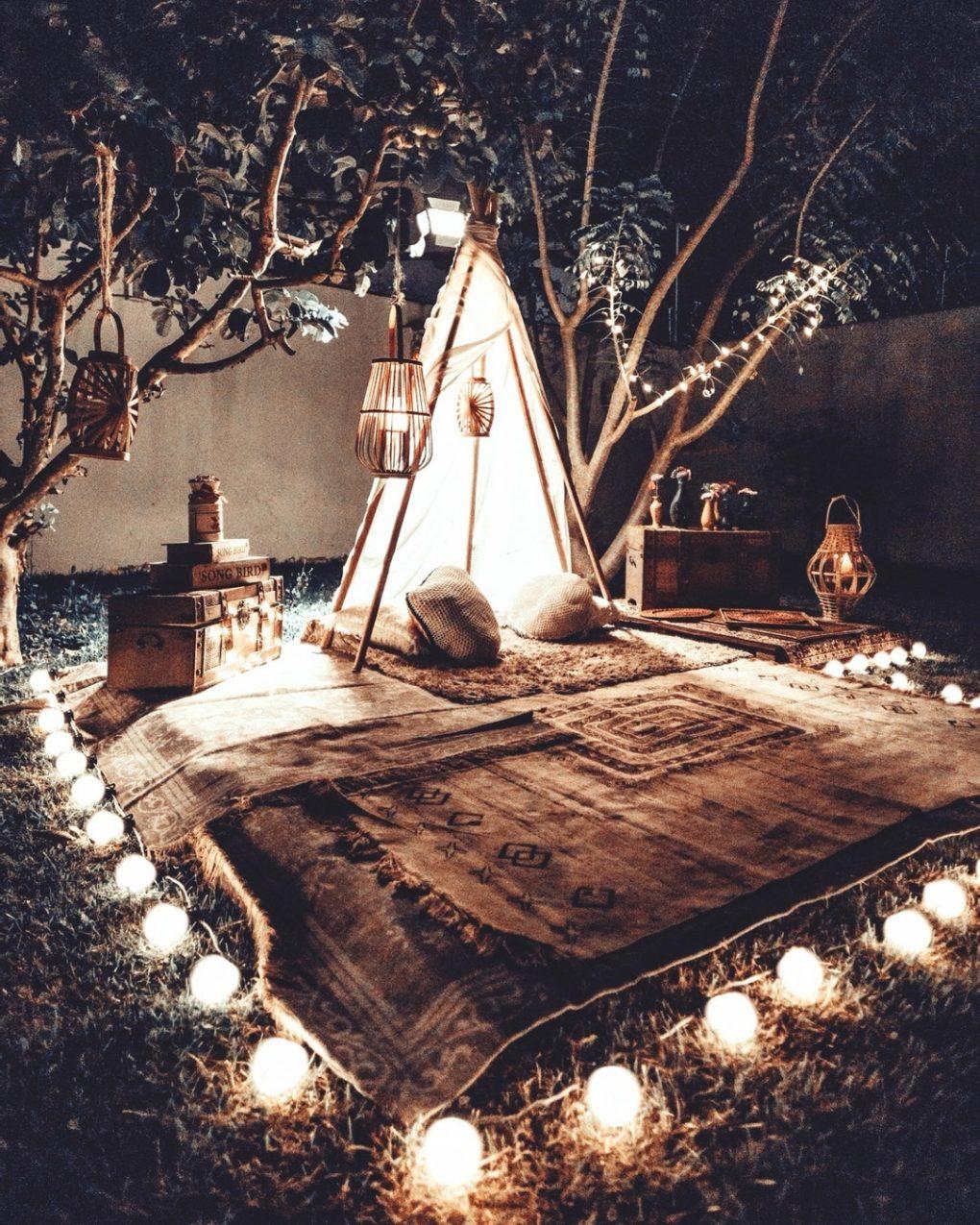 night picnic lights