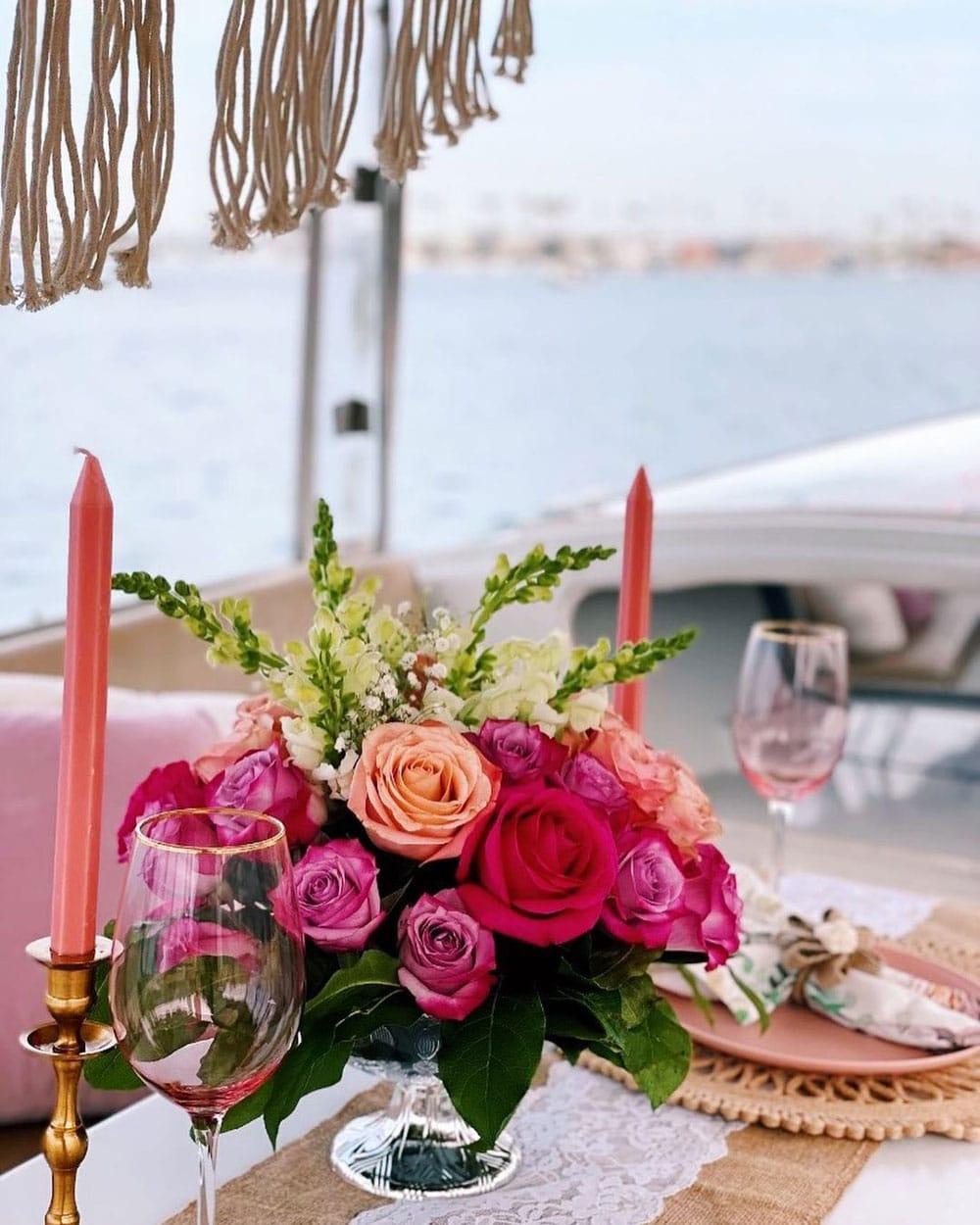 yacht table flower decoration
